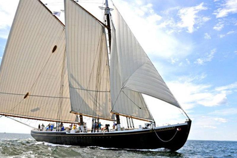 Order a Maine Guide Map Ships Kendall Tavern Inn BB | Freeport Maine